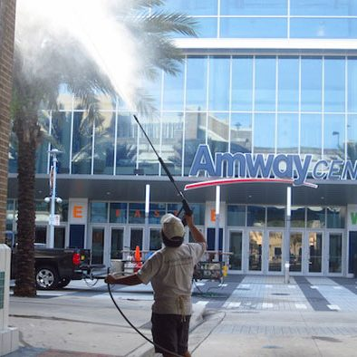 Orlando commercial pressure cleaning